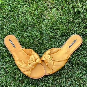 Zara slip on sandals size 39